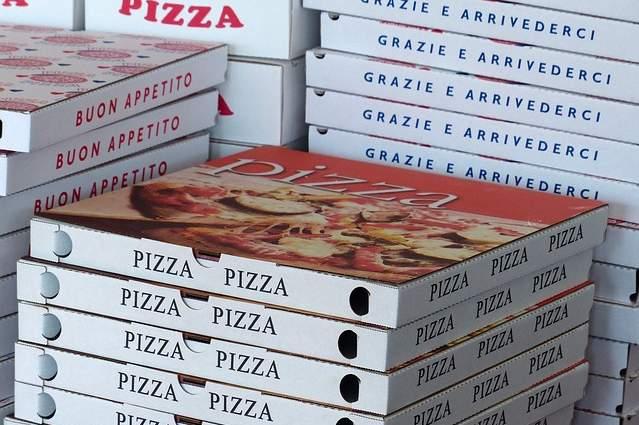 Cartone della pizza