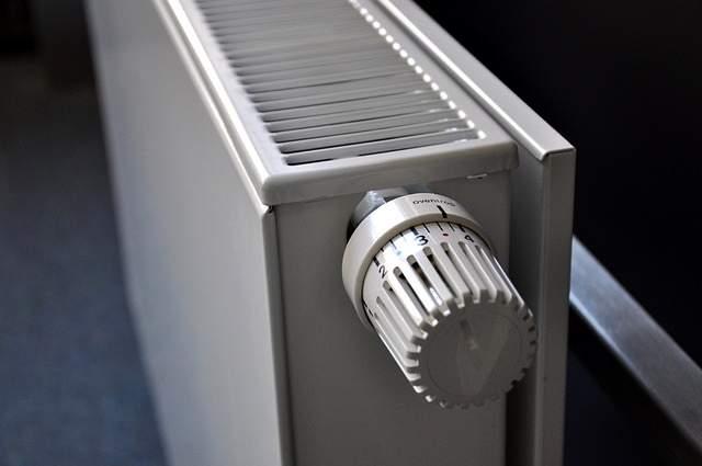 Radiatore riscaldamento termosifone