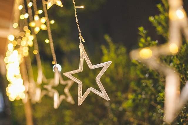 Luminarie natalizie a led risparmiare anche a natale green
